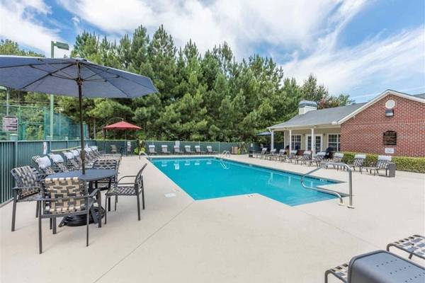 birmingham-alabama-apartment-with-pool - craigslist locations